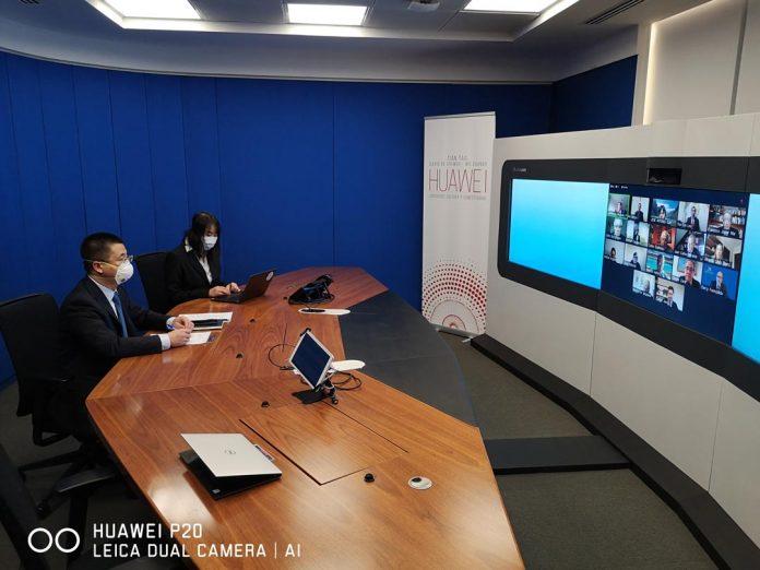 Lanzó Programa de Talentos: Huawei busca capacitar en TIC a más de 5.000 estudiantes chilenos