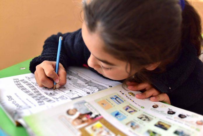 Soledad Onetto moderará conversatorio que entregará consejos para ayudar a los niños y niñas a hacer sus actividades educativas