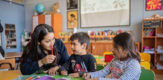 Invitan a docentes de inglés a potenciar sus prácticas con cursos online gratuitos